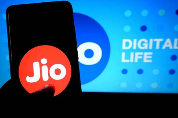 jio new prepaid plans is 40 percent costly from 3 dec