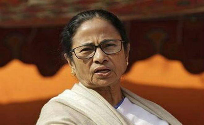 efforts to run a parallel government in the state mamta banerjee