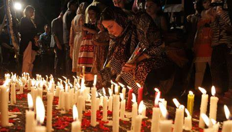 Tributes paid with candles demands execution of convicts