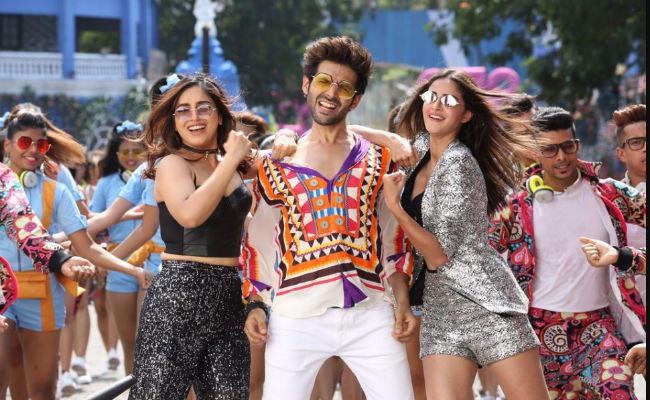 pati patni aur woh film review kartik aaryan in bengali